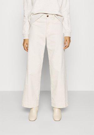 FULL LENGTH WIDE LEG - Trousers - off white
