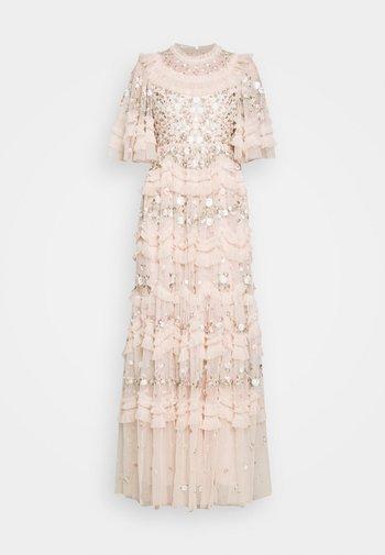 LALABELLE GOWN - Společenské šaty - strawberry icing