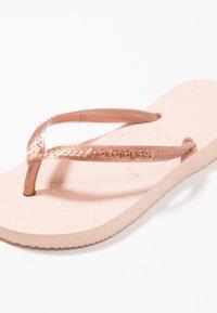 Havaianas - KIDS SLIM - Pool shoes - ballet rose - 5