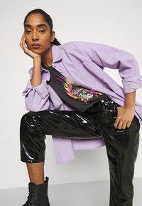 Monki - Button-down blouse - purple solid - 3