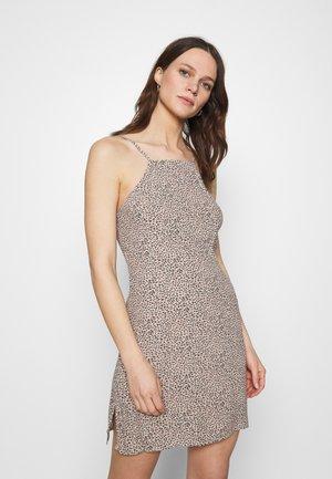 HALTER SLIP SHORT DRESS  - Day dress - brown