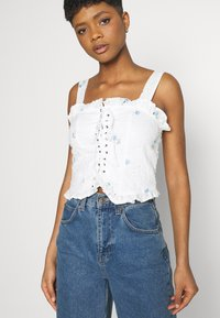 Missguided - FLORAL BRODERIE CORSET  - Top - white - 3