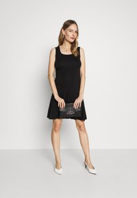 Balloon - DRESS - Vestito di maglina - black - 1