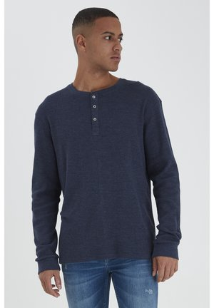 TEE - Long sleeved top - dress blues