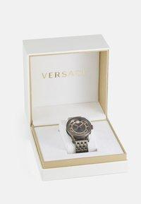 Versace Watches - CODE - Zegarek - gunmetal - 3