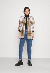 ONLY - ONLELLENE VALDA CHACKET - Summer jacket - bone brown/black - 1