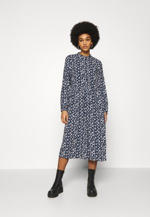 PCNERVIA MIDI DRESS  - Day dress - carry over