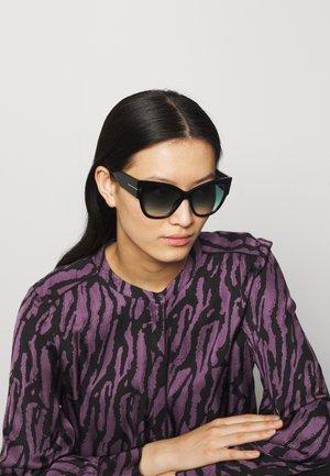 Sunglasses - shiny black/ gradient smoke