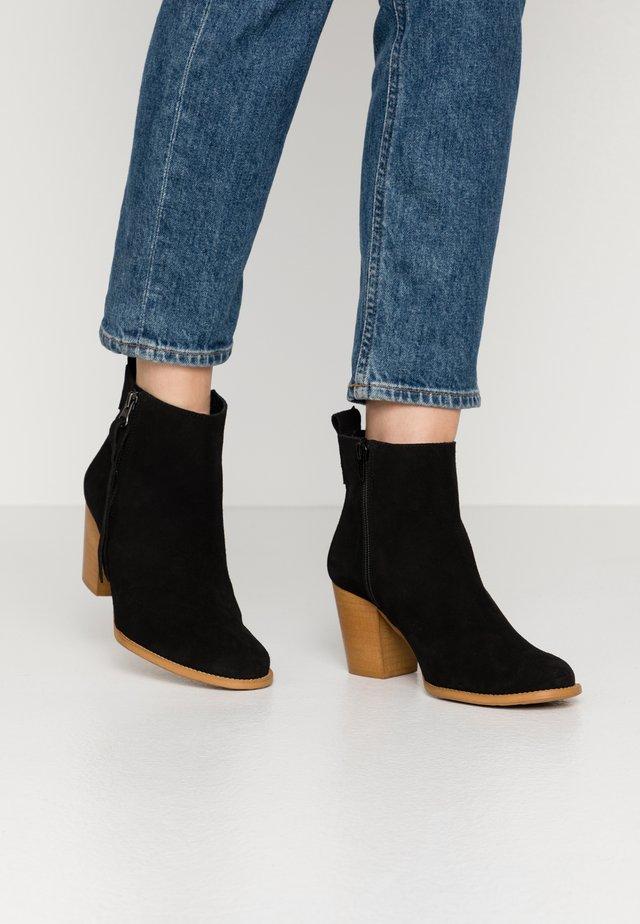 NALE - Kotníková obuv - black