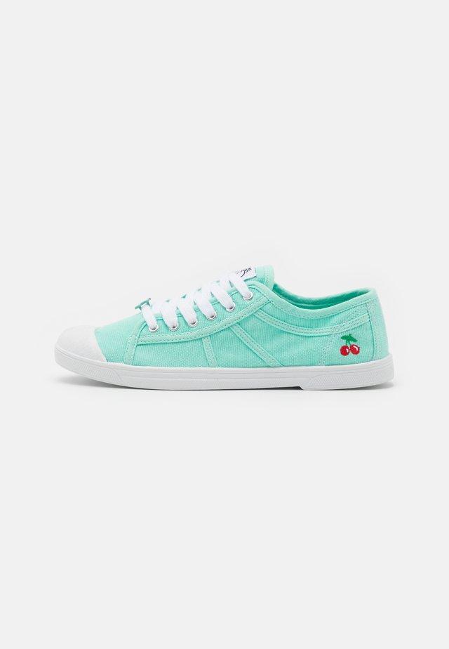BASIC  - Sneakers laag - lagon