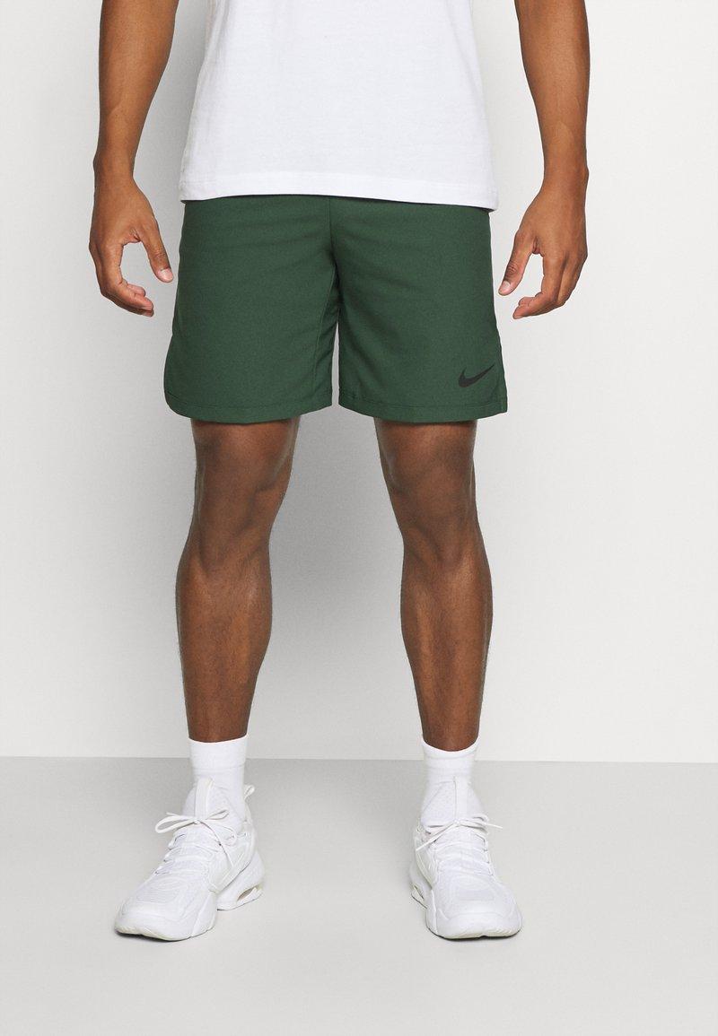 Nike Performance - FLEX VENT MAX SHORT - Sports shorts - galactic jade/black