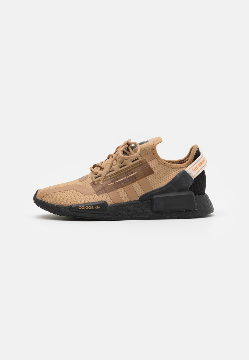 adidas Originals - NMD_R1.V2 BOOST UNISEX - Trainers - cardboard/core black