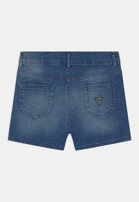 Guess - CORE JUNIOR - Denim shorts - super bright blue - 1