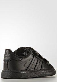 adidas Originals - SUPERSTAR CF  - Baby shoes - core black - 3