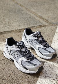 New Balance - 530 - Trainers - silver - 2