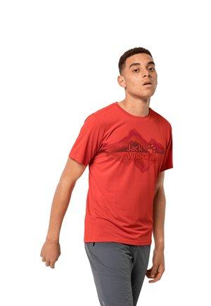 CROSSTRAIL GRAPHIC - Print T-shirt - lava red