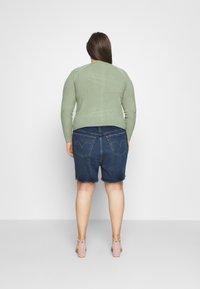 Levi's® Plus - 501 ORIGINAL SHORT - Denim shorts - charleston outlasted - 2