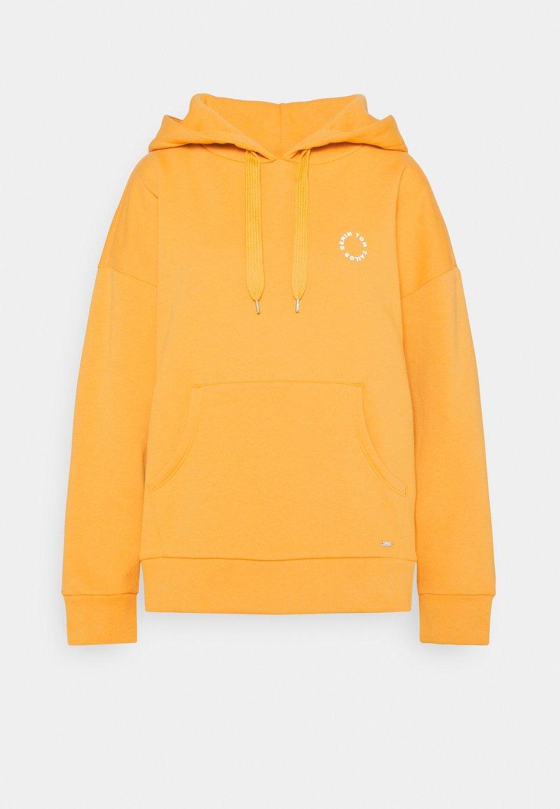 TOM TAILOR DENIM - BOLD WORDING HOODY - Sweatshirt - golden amber