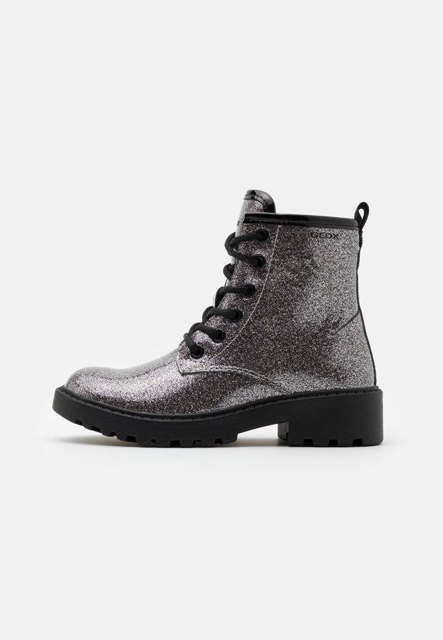 CASEY GIRL - Veterboots - dark silver