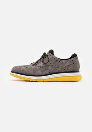 ORIGINALGRAND ULTRA WING - Casual lace-ups - gray/black/optic white/dandelion