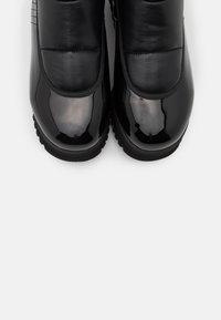 Colmar Originals - CLAUDIE - Platform ankle boots - black - 6