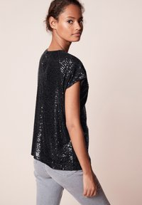 Next - SEQUIN - T-shirt imprimé - black