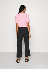 Monki - WENDY TROUSERS - Trousers - black - 2