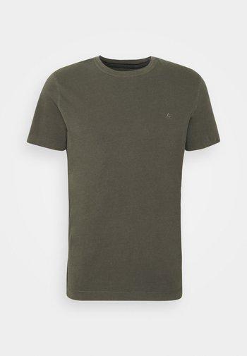 T-shirt - bas - forest night