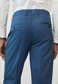 Mango - Pantalon de costume - sky blue - 3