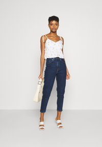 Levi's® - HIGH WAISTED TAPER - Jeans baggy - make a splash - 1