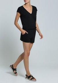 LASCANA - Jumpsuit - schwarz - 0