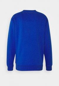 Tommy Jeans - CLASSICS CREW - Sweatshirt - providence blue - 1
