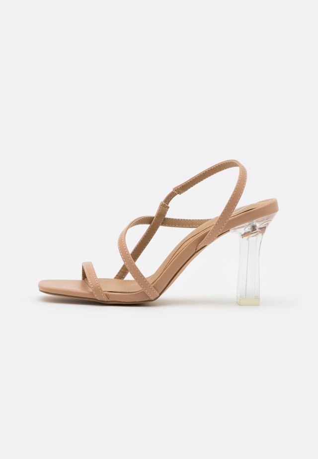 CLEAR SLING BACK SQUARE TOE  - Sandały na obcasie - nude