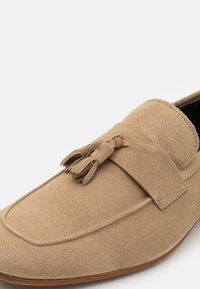 Walk London - VESPA TASSEL LOAFER - Mocasines - palquet - 5