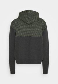Carlo Colucci - COLOR BLOCK LOGO - Zip-up hoodie - green - 1