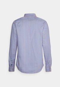 Scotch & Soda - REGULAR FIT STRIPED OXFORD - Shirt - combo - 1