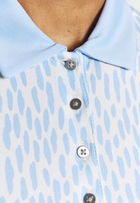 Kjus - WOMEN ENYA - Sports shirt - buttercream/cloud blue - 4