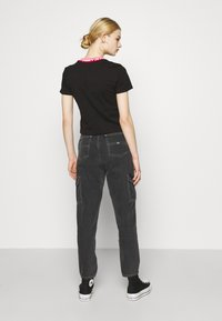 Tommy Jeans - BRANDED TEE - T-shirt con stampa - black - 2