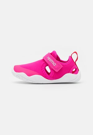 RANTAAN UNISEX - Walking sandals - fuchsia pink