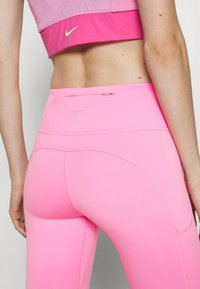 Nike Performance - EPIC LUXE - Tights - pink glow/silver - 7