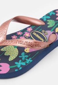 Havaianas - FLORES - Pool shoes - black blue/gold - 5
