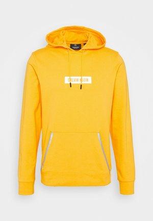 HOODIE - Felpa con cappuccio - yellow