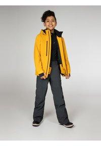 Protest - Lyžařská bunda - dark yellow - 1