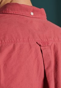 Superdry - LINE DRIED OXFORD - Shirt - preppy red - 2