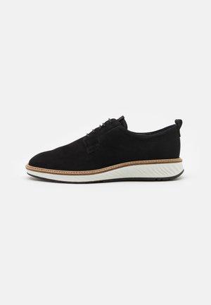HYBRID - Šněrovací boty - black