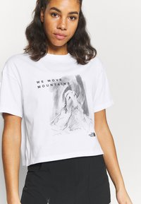 The North Face - CROP TEE - T-shirt con stampa - white - 4