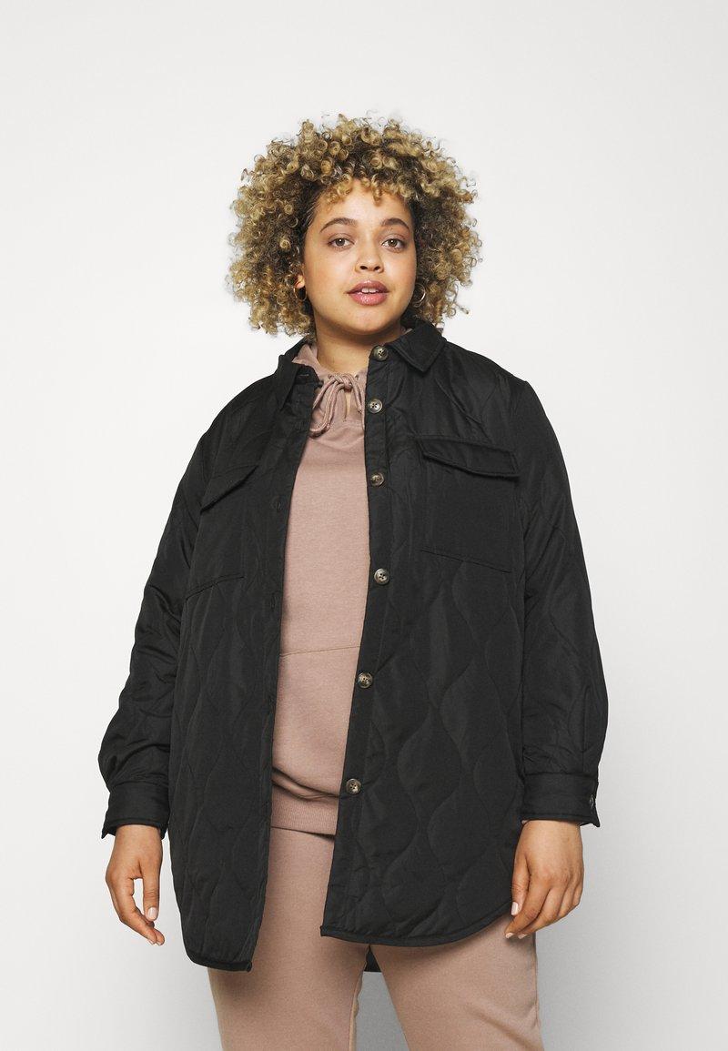 Vero Moda Curve - VMSIMONELOA SHIRT JACKET - Light jacket - black