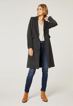 Slim fit jeans - azul índigo