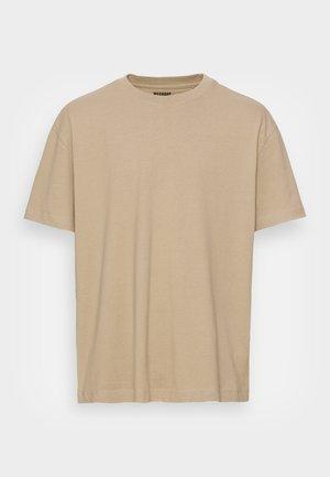 OVERSIZED  - T-shirt basique - brown