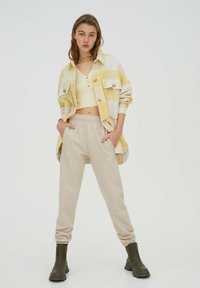 PULL&BEAR - Summer jacket - yellow - 1